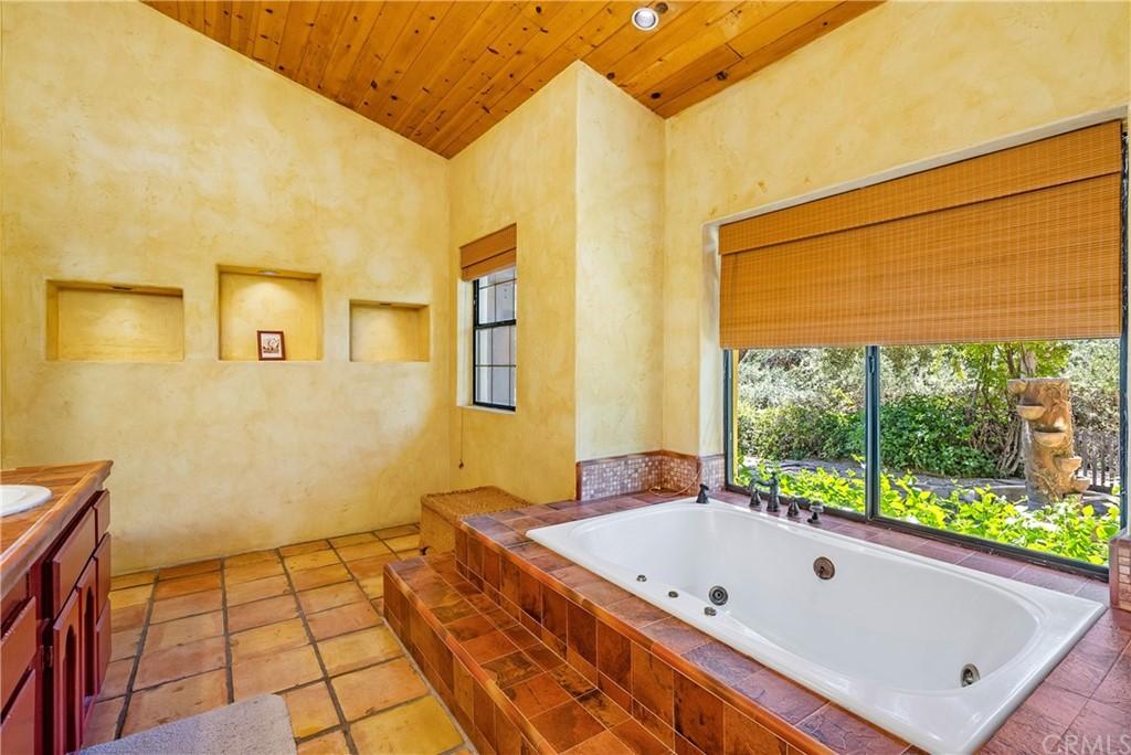 4270 Ranchita Canyon Road Property Photo 22