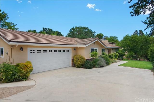 820 Jackson Drive Property Photo 1