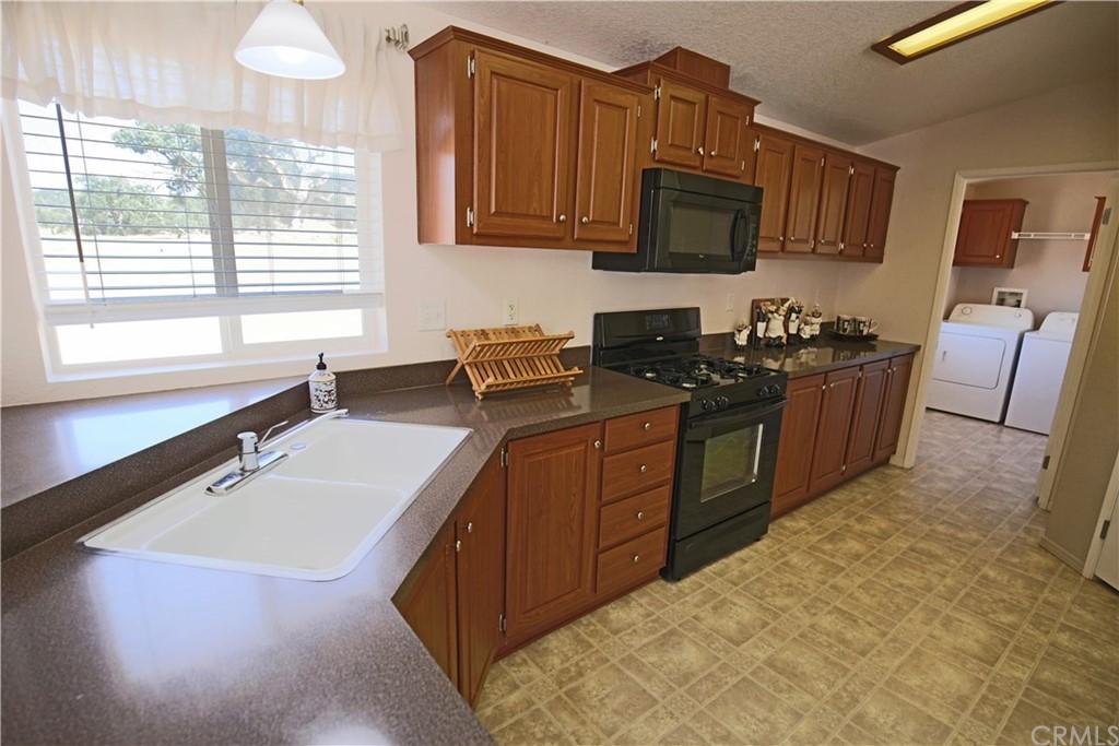 4550 Vista Del Lago Property Photo 5
