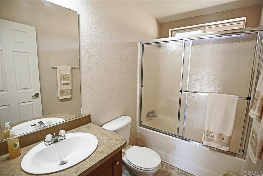 4550 Vista Del Lago Property Photo 8