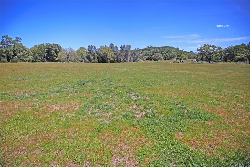 4550 Vista Del Lago Property Photo 28