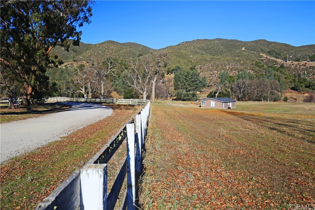 4550 Vista Del Lago Property Photo 29