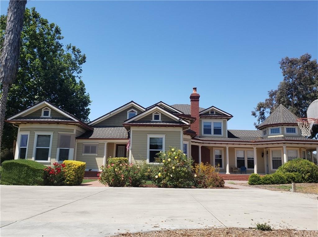 6425 Edna Road Property Photo 1