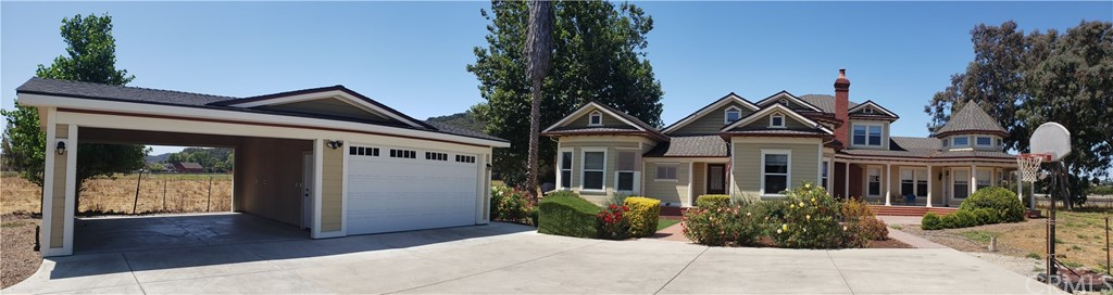 6425 Edna Road Property Photo 2