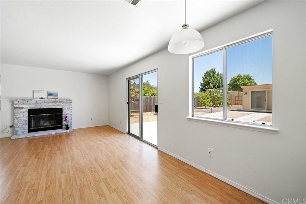 1706 Creeksand Lane Property Photo 6