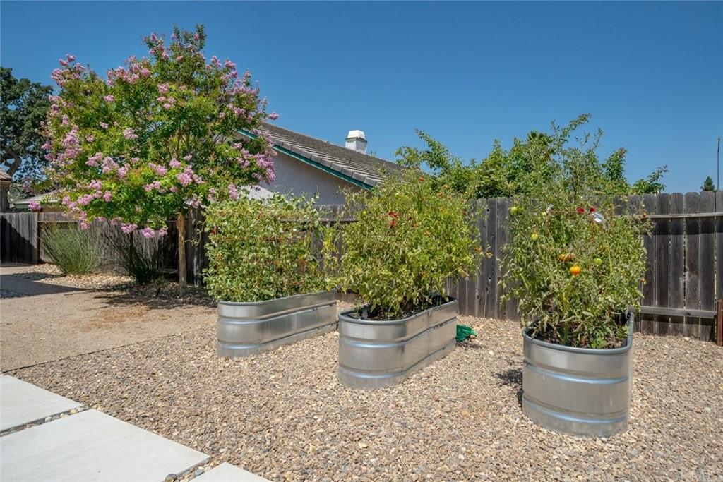 1706 Creeksand Lane Property Photo 20