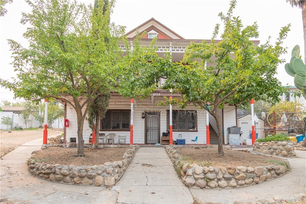 1077 L Street Property Photo