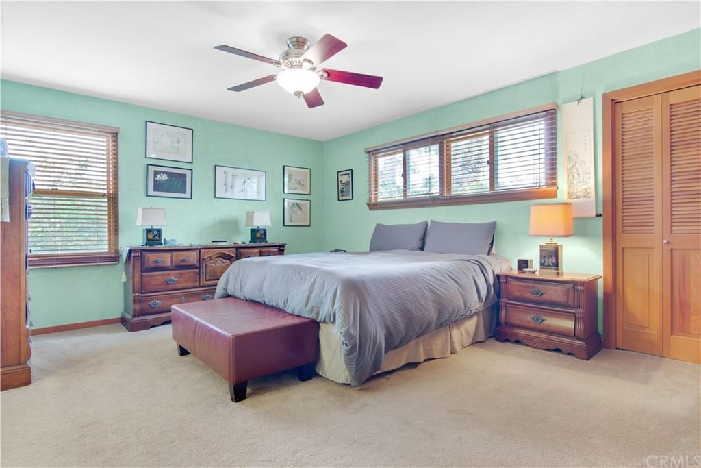 1023 Vista Grande Street Property Photo 16