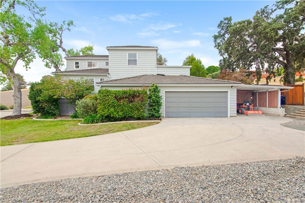 1023 Vista Grande Street Property Photo 30