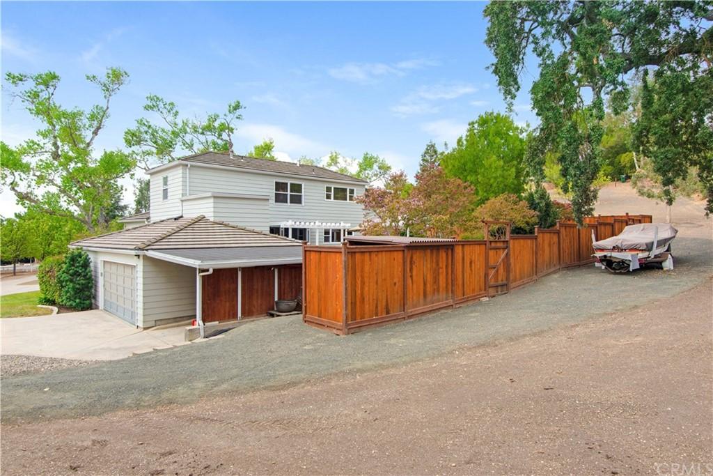 1023 Vista Grande Street Property Photo 32