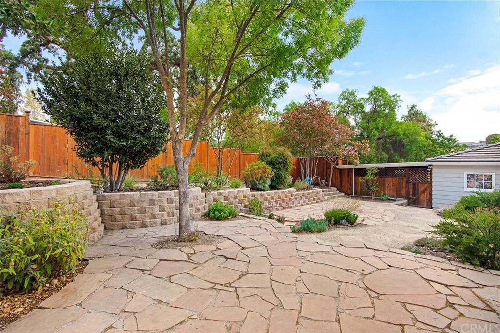 1023 Vista Grande Street Property Photo 36