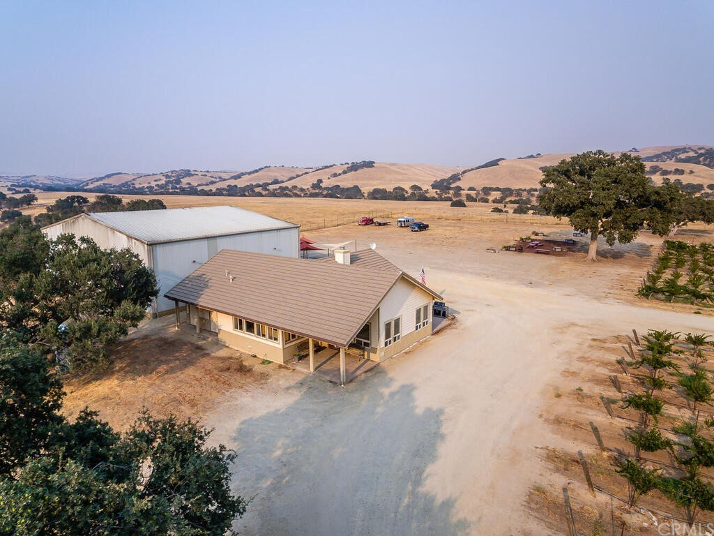 75751 Indian Valley Road Property Photo 4