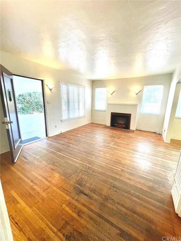 280 S 2nd Street Property Photo 3