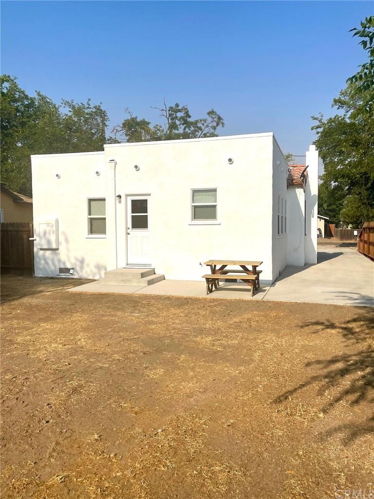280 S 2nd Street Property Photo 13