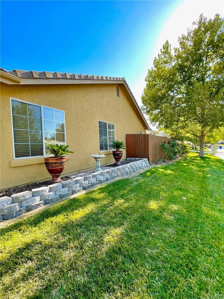 835 Sycamore Canyon Road Property Photo 2