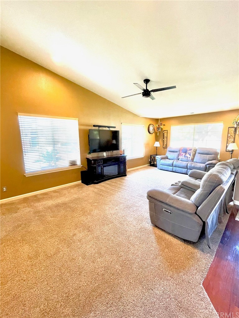 835 Sycamore Canyon Road Property Photo 4