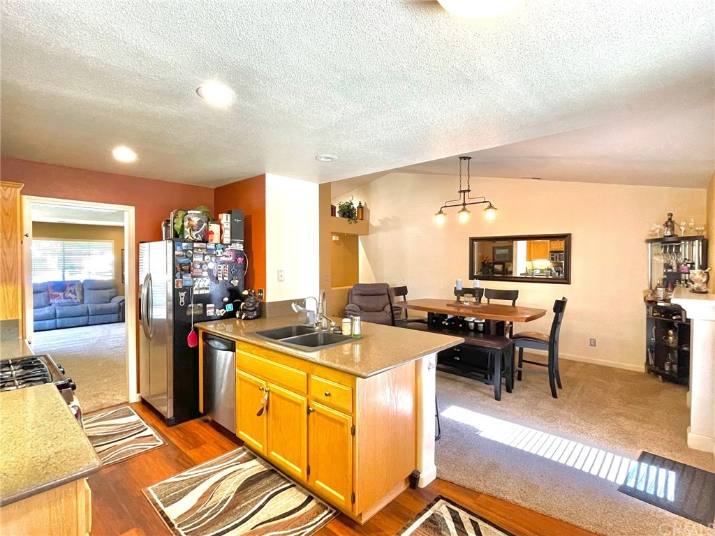 835 Sycamore Canyon Road Property Photo 10