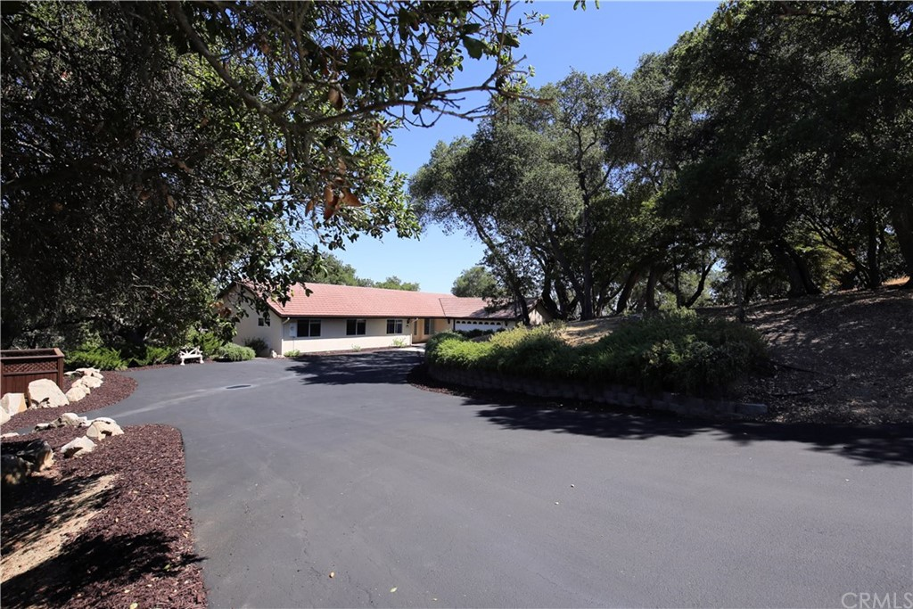 7365 Balboa Road Property Photo 4