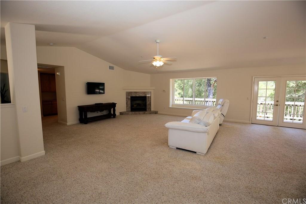 7365 Balboa Road Property Photo 11