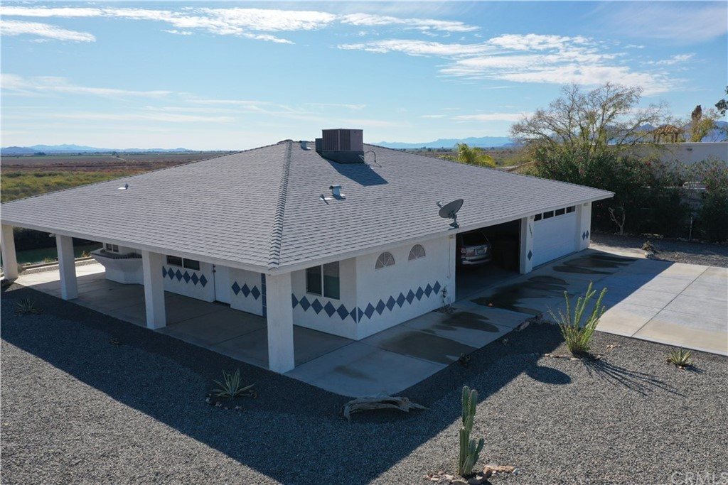 150091 Bluewater Road Property Photo