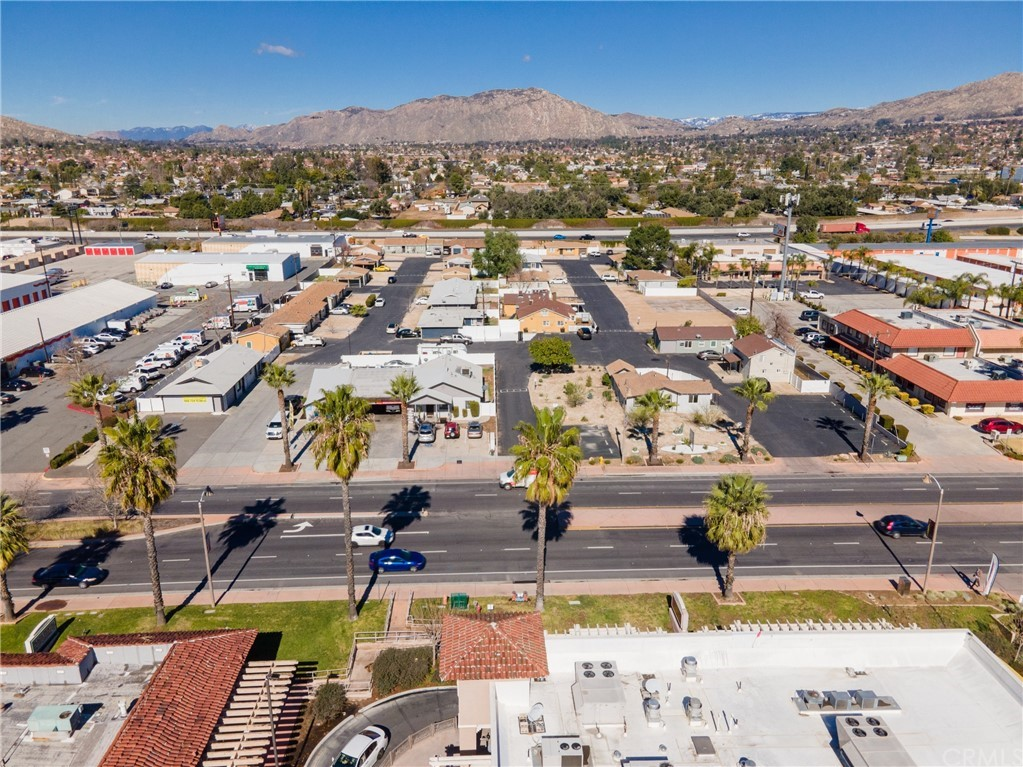 23752 Sunnymead Boulevard Property Photo