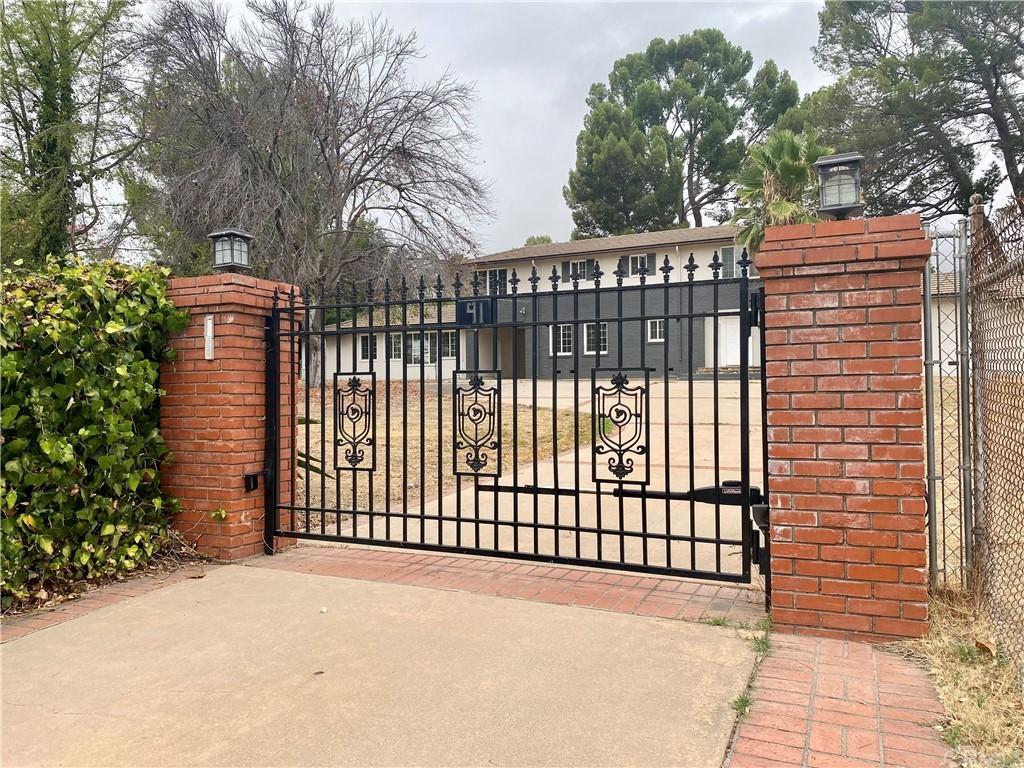 91 E Orange Grove Avenue Property Photo