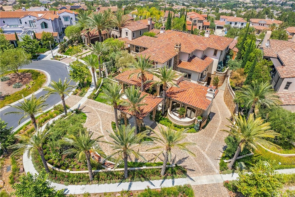 92694 Real Estate Listings Main Image