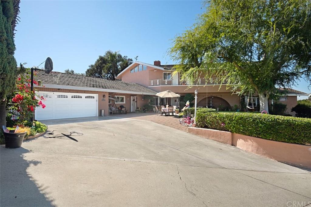 1114 Oak Knoll Road Property Photo