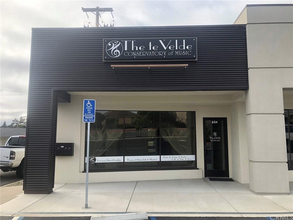 624 E Grand Avenue Property Photo 1
