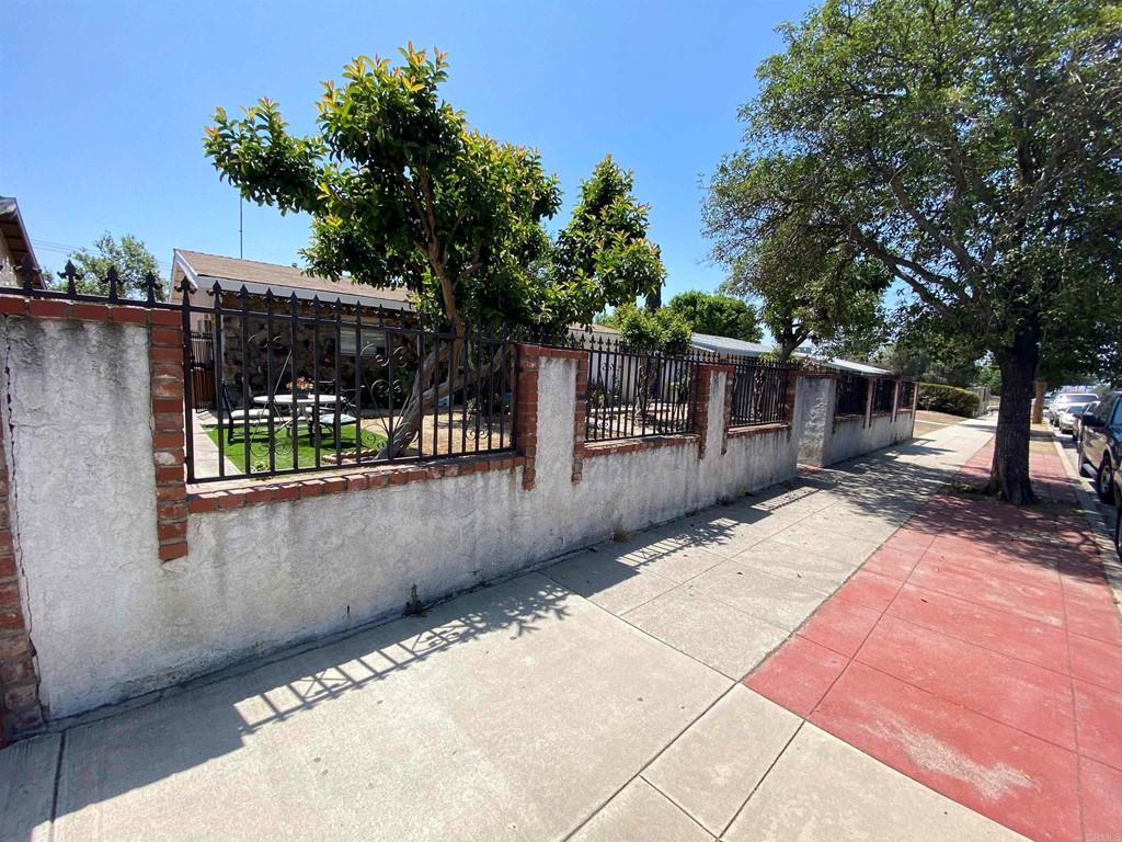 13284 Hubbard Property Photo