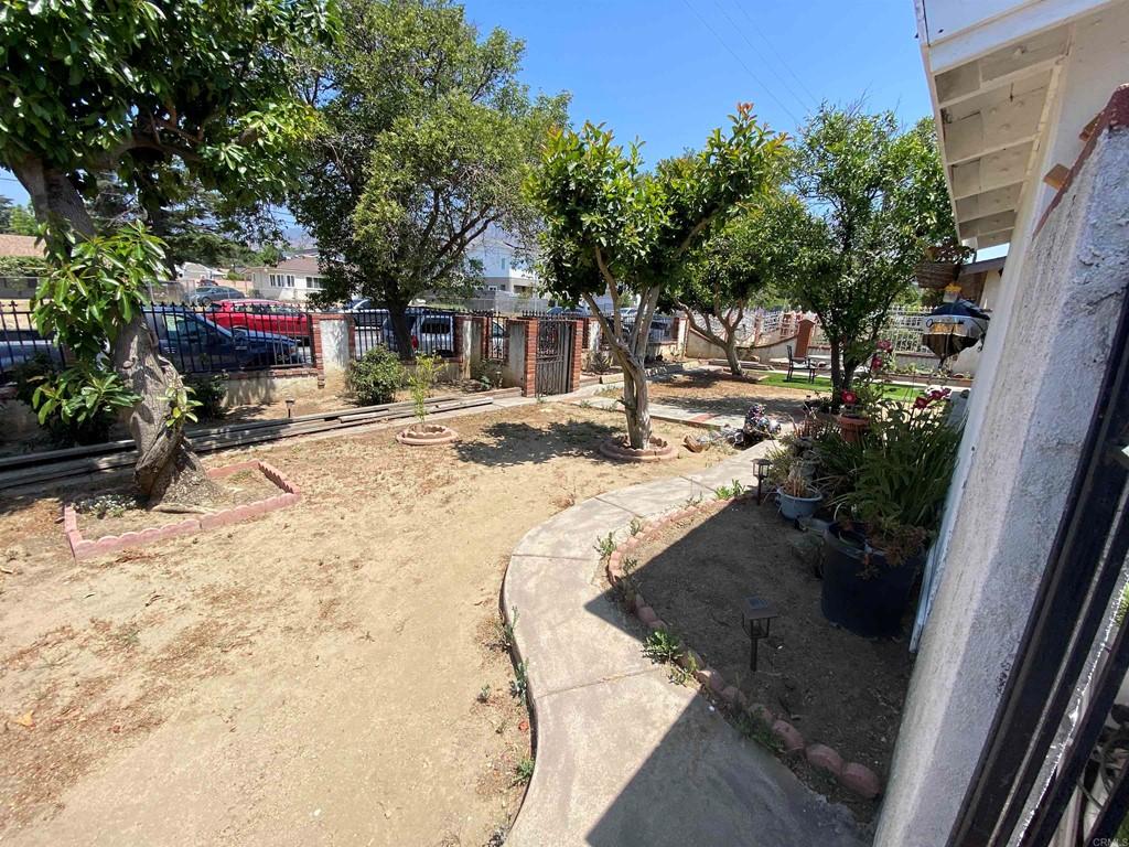 13284 Hubbard Property Photo 3