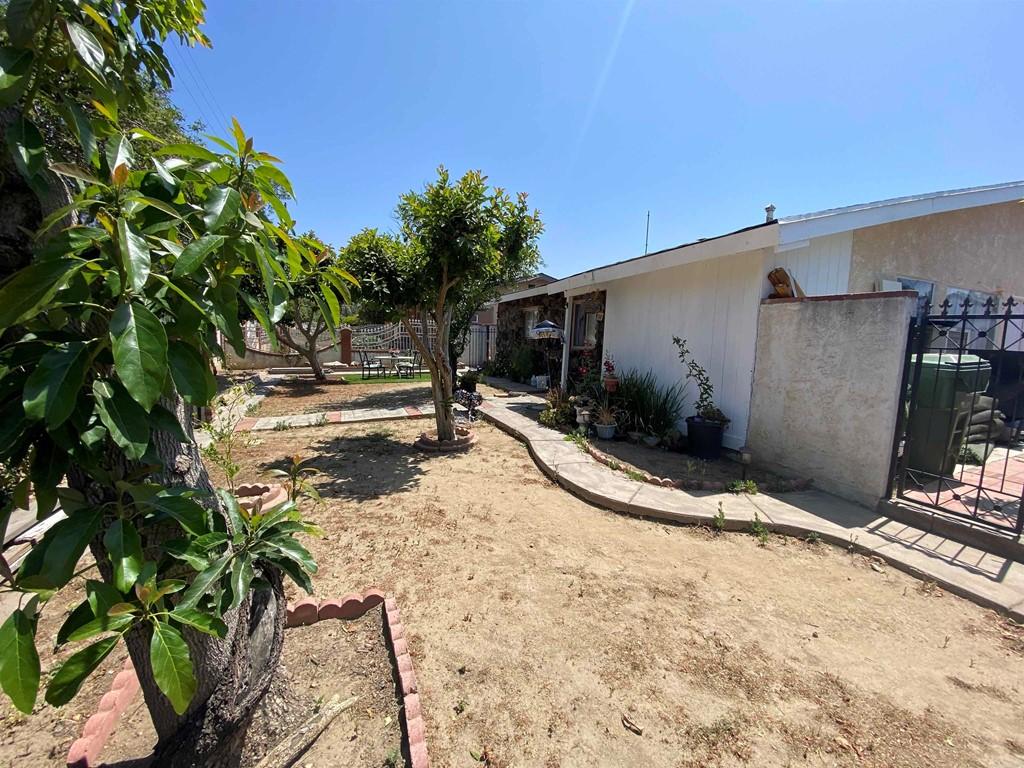 13284 Hubbard Property Photo 4