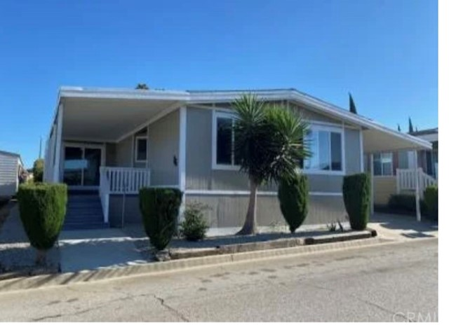2601 E Victoria Street #15 Property Photo