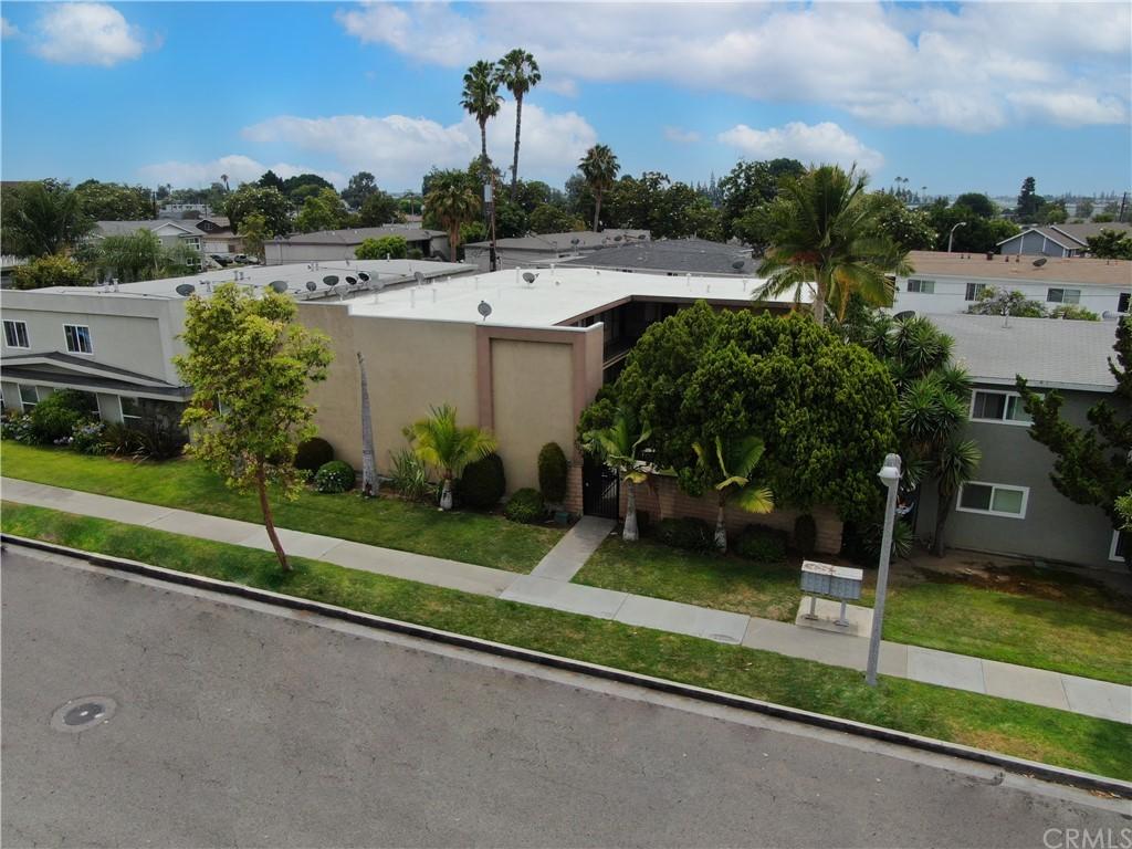 2024 E Whiting Ave Property Photo