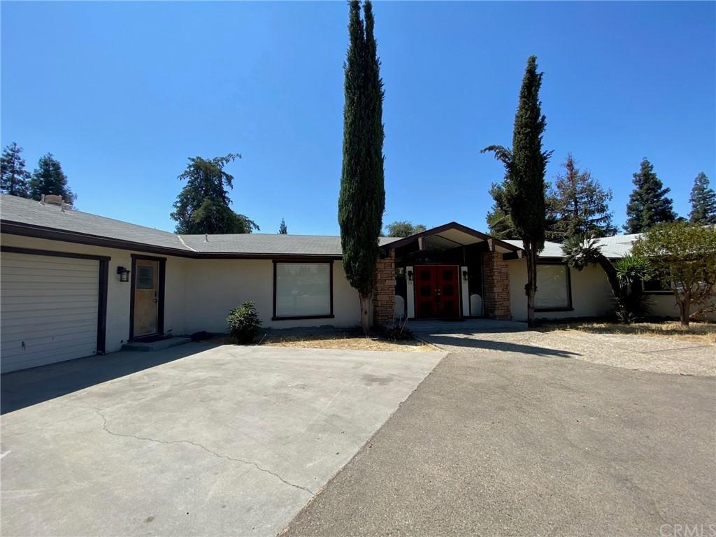183 W Parlier Avenue Property Photo