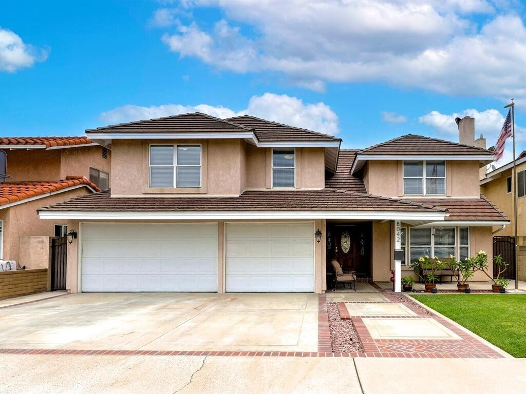 La Palma Real Estate Listings Main Image