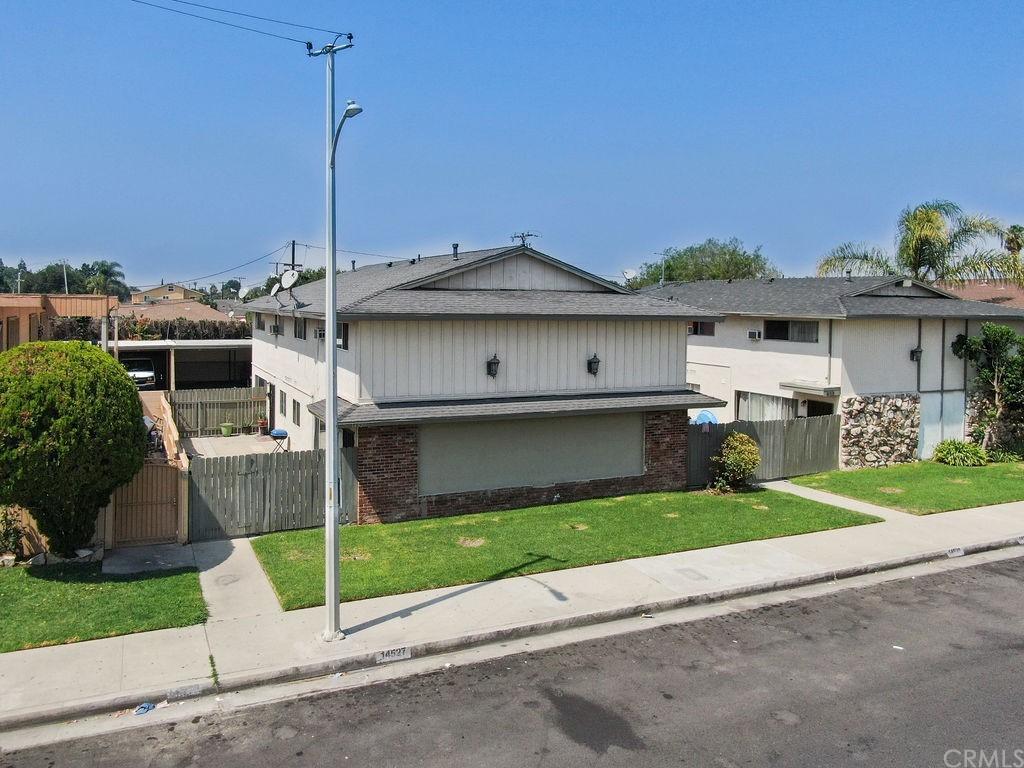 14523 Flallon Avenue 14527 Property Photo
