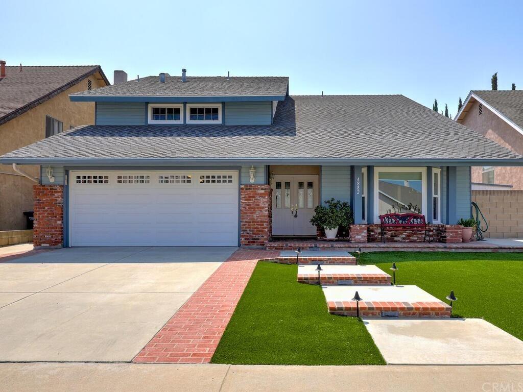 4882 Dove Circle Property Photo