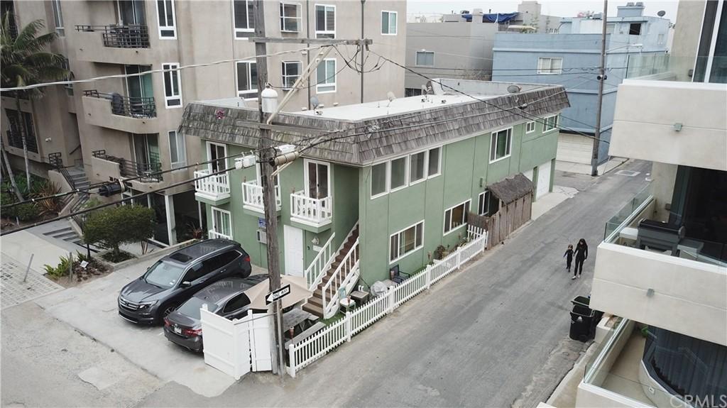 12 Catamaran Street Property Photo