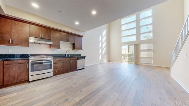 1506 W Artesia Square E Property Photo