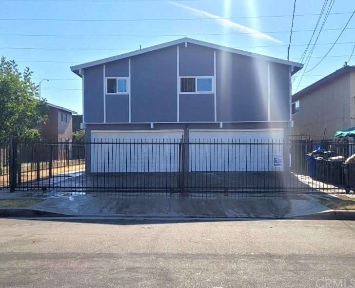 16517 S Denver Avenue Property Photo