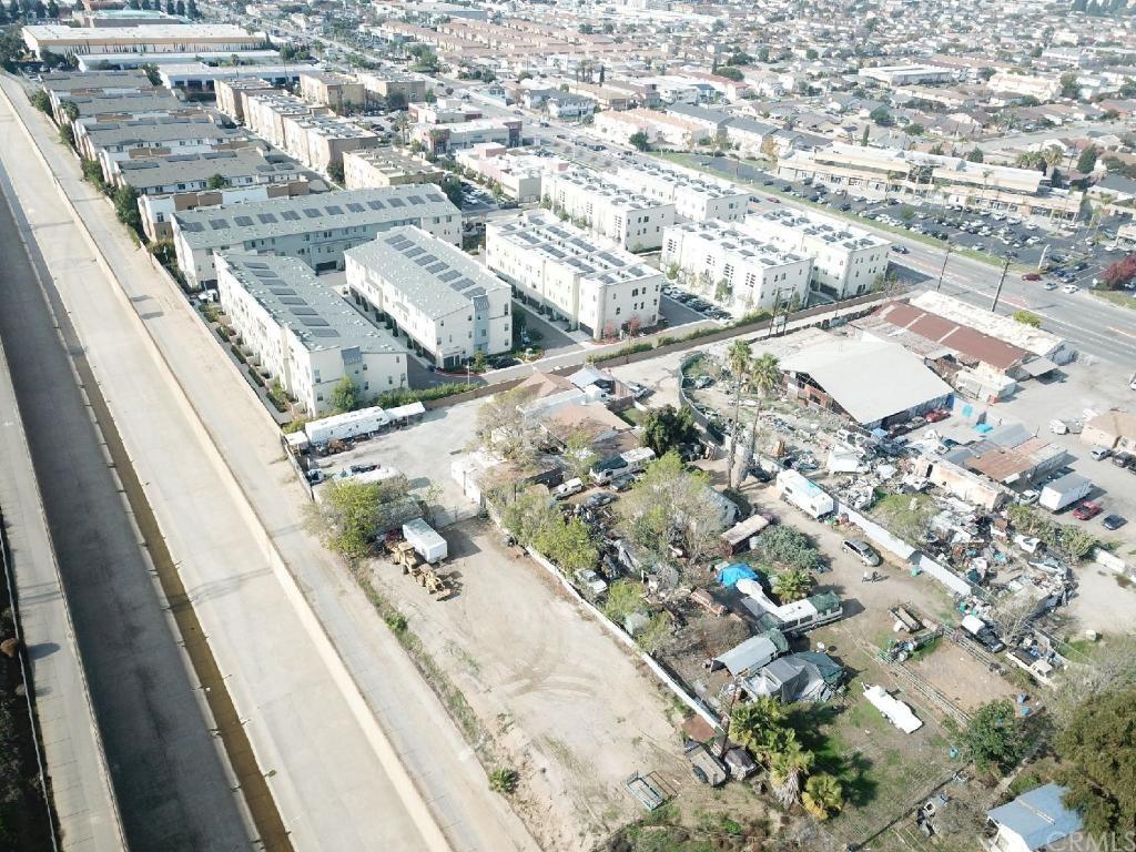 1452 W Artesia Boulevard Property Photo
