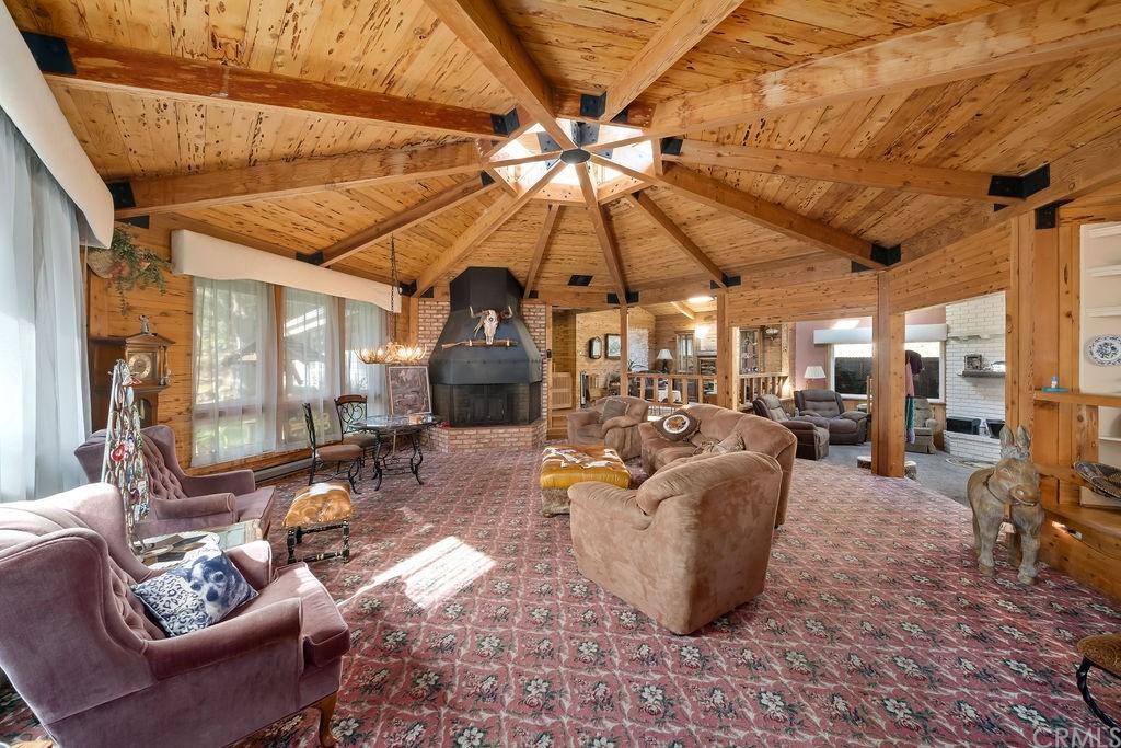6645 Fern Canyon Road Property Photo 8