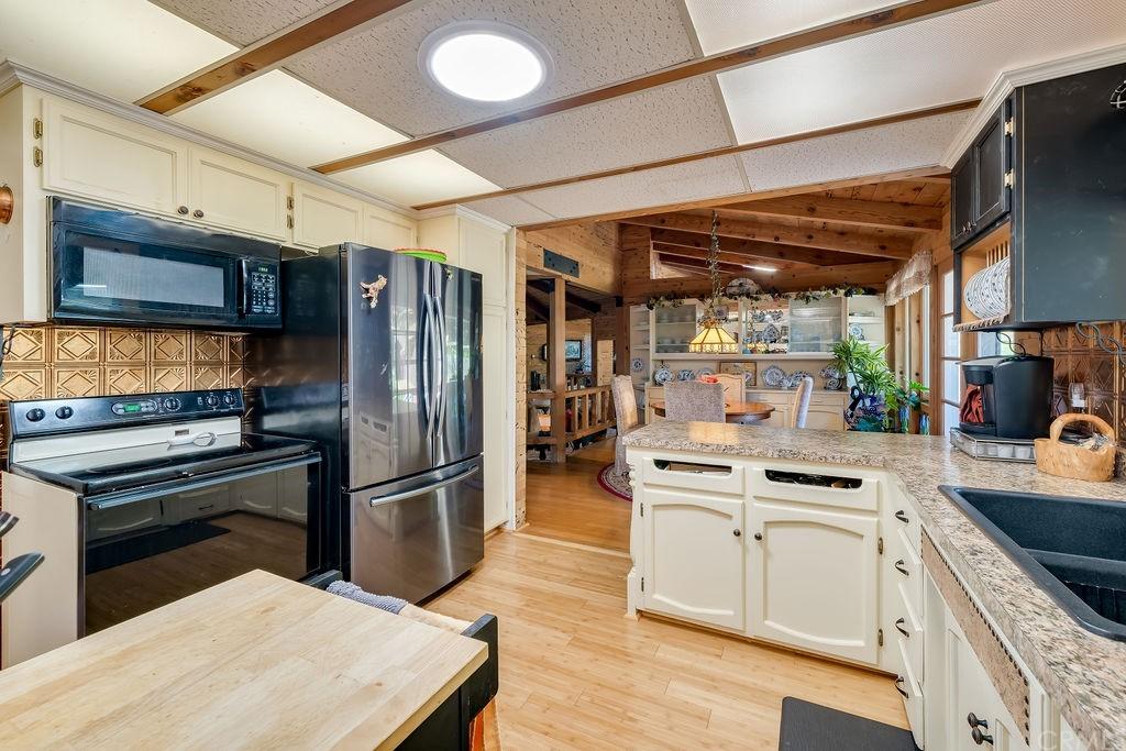 6645 Fern Canyon Road Property Photo 18