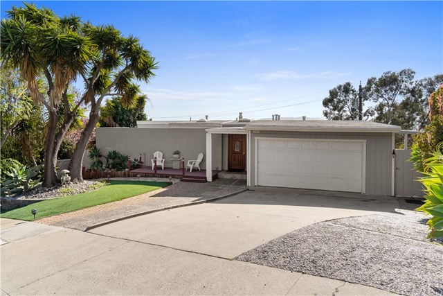 381 Santa Maria Avenue Property Photo 1