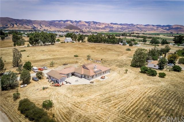 685 Serpa Ranch Road Property Photo 1