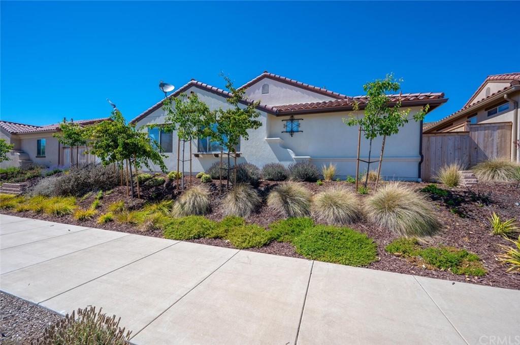 449 Mesa Way Property Photo 1