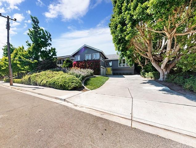 1690 Southwood Drive Property Photo 1