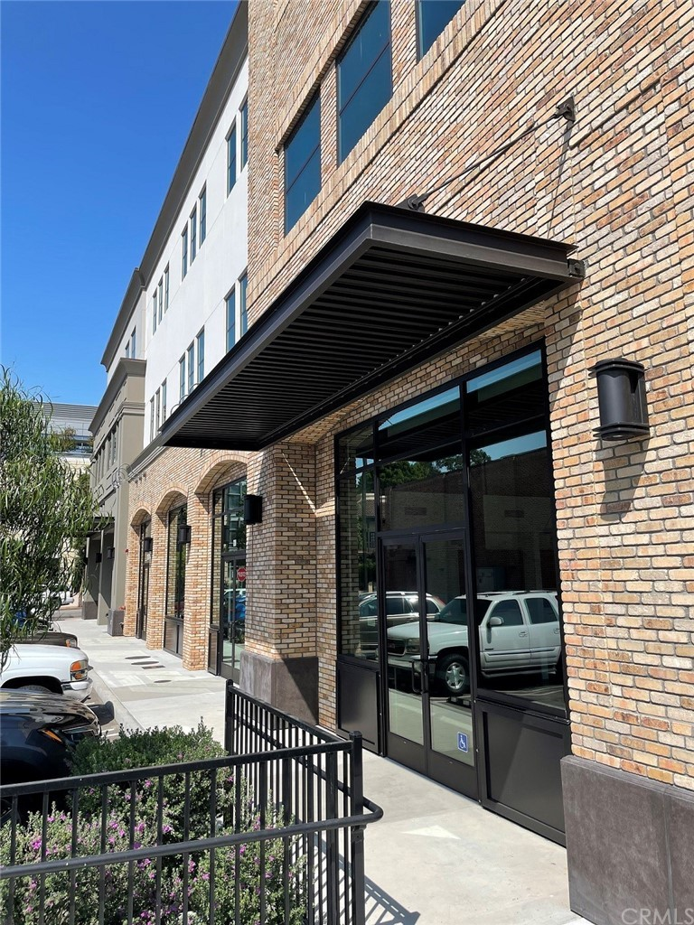 1101 Monterey Street 120 Property Photo 3