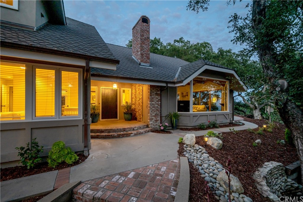 1025 Rimrock Lane Property Photo 56